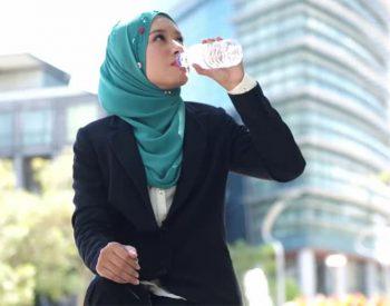 جایگاه نوشیدن آب در اسلام