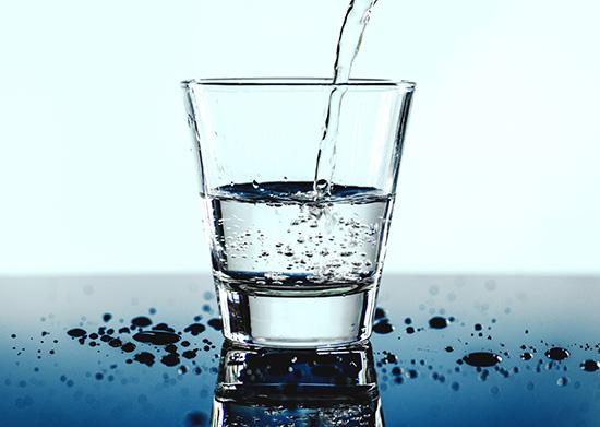 تفاوت آب معدنی و آب آشامیدنی