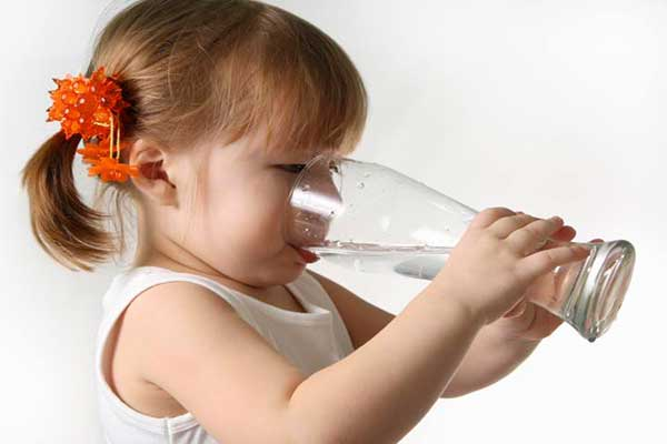 بررسی مصرف روزانه آب