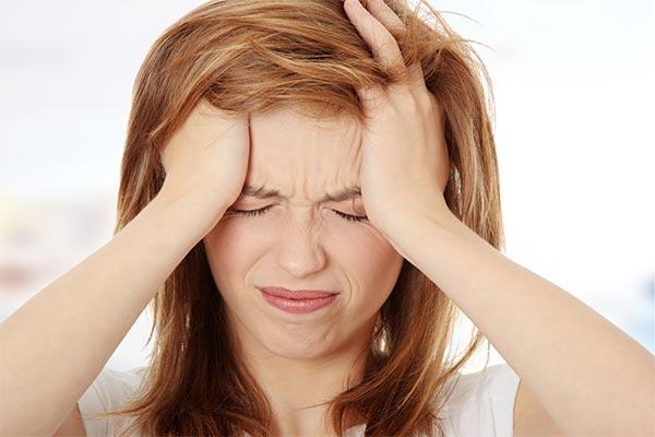 سردرد نشانه کمبود آب بدن