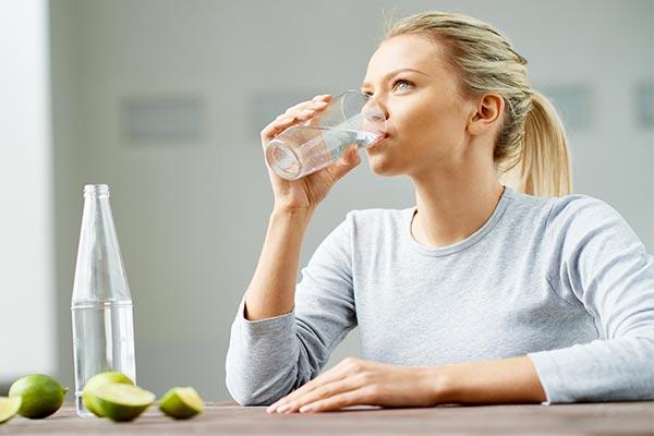 شایعه آب معدنی سرطان زا