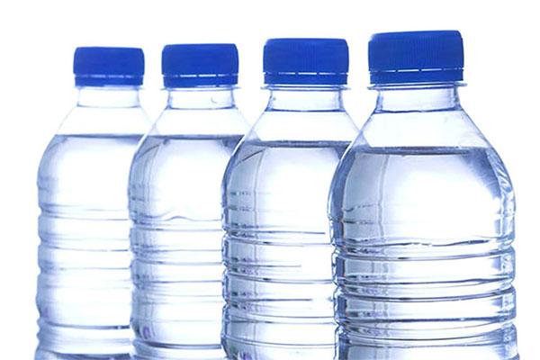 درج تاریخ انقضا بر روی بطری آب معدنی