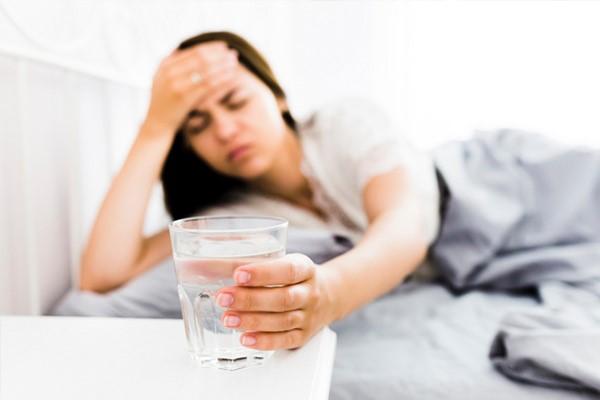 سردرد ناشی از مصرف آب سرد
