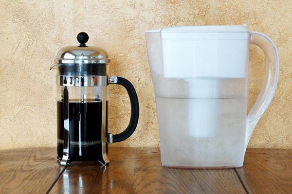 استفاده از آب تصفیه شده برای شفاف شدن قهوه